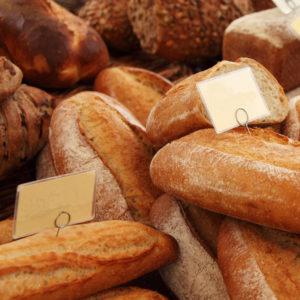 Diversas variedades de pan